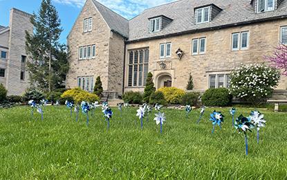 Beta/Indiana and their pinwheel display
