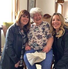 Pat Maloney Grantham, Kappa/Kansas, receives her 75-year pin and certificate