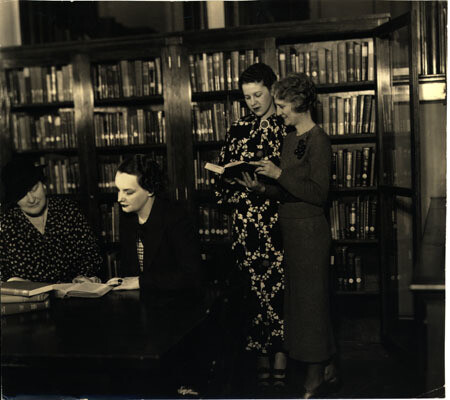 Women reading in library